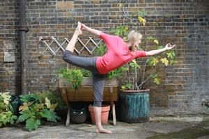 Fiona - Dancer Pose Yoga in Asquith Clothing